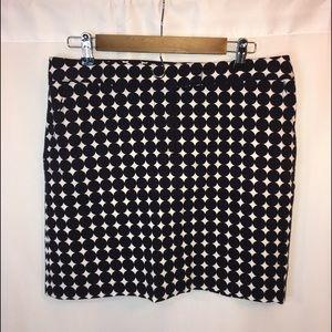 Larry Levine Mini Skirt Stretch size 12 like new
